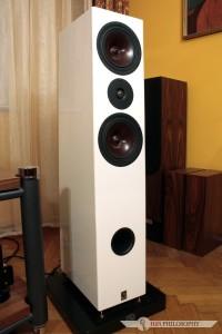 Brzmienie na wysoki połysk - Studio 16 Hz Minas Anor IIIs.
