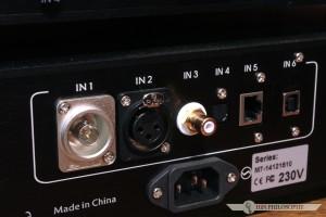Maste-X został wyposażony w w bardzo ciekawy zestaw wejść cyfrowych...