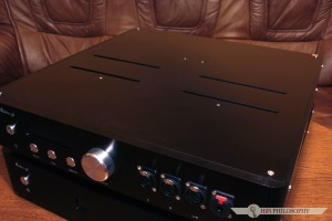 Obudowy obu urządzeń są jak to u audio-GD - kompaktowe...