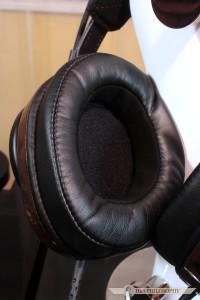 Komfort jaki zapewniają te słuchawki należy do czołówki wśród topowych konstrukcji!