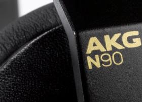 Image - N90Q Black (Detail View on white 03a)