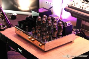 Audio_Video_Show_2015_Golden_Tulip_012 HiFi Philosophy